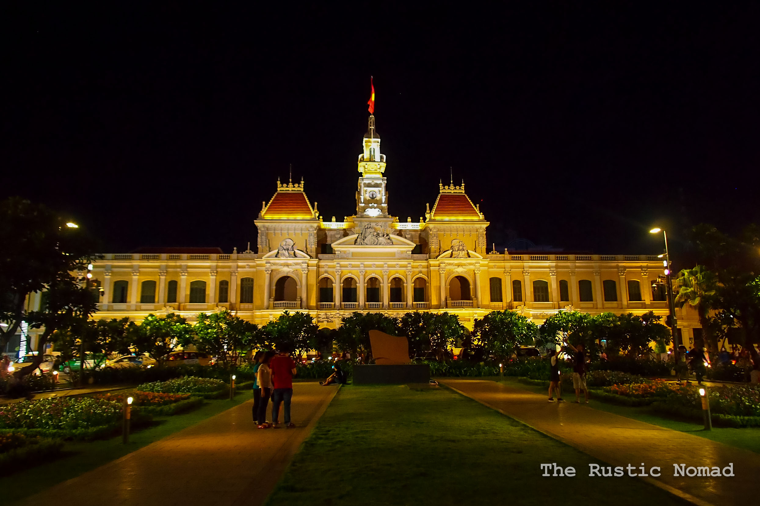 Hanoi or Ho Chi Minh City - Which City You Should Visit First