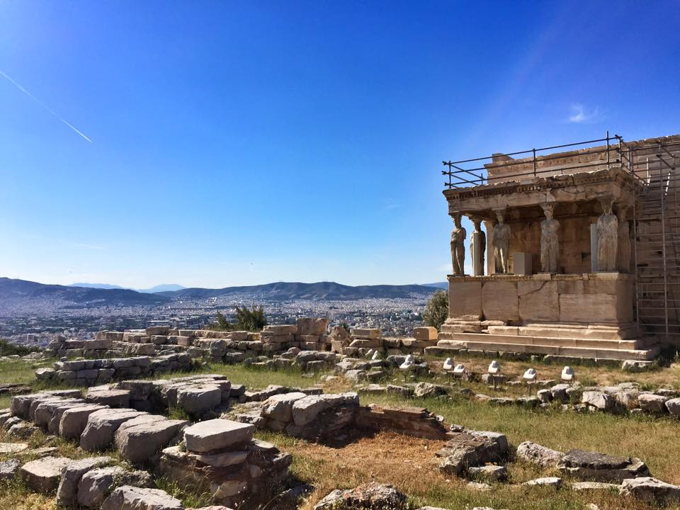 This Budget Airline Will Take You to Europe for as low as 180 EUR (Php 9,000) – Flight to Athens