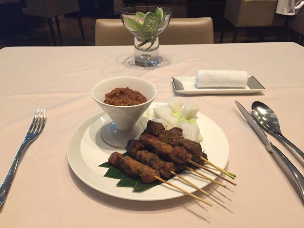 Flying With Singapore Airlines Suite Class- Satay